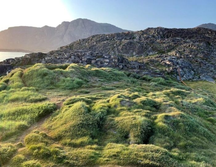 Inuit Hike Sisimiut West Greenland - Guide to Greenland1