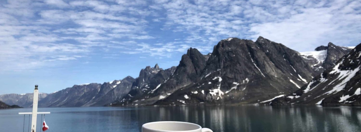 Mindfulness-in-Greenland-_-Guide-to-Greenland-Laali2