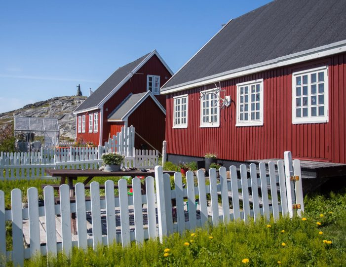 Nuuk- National day- kayak- drum dance- national costume- Guide to Greenland