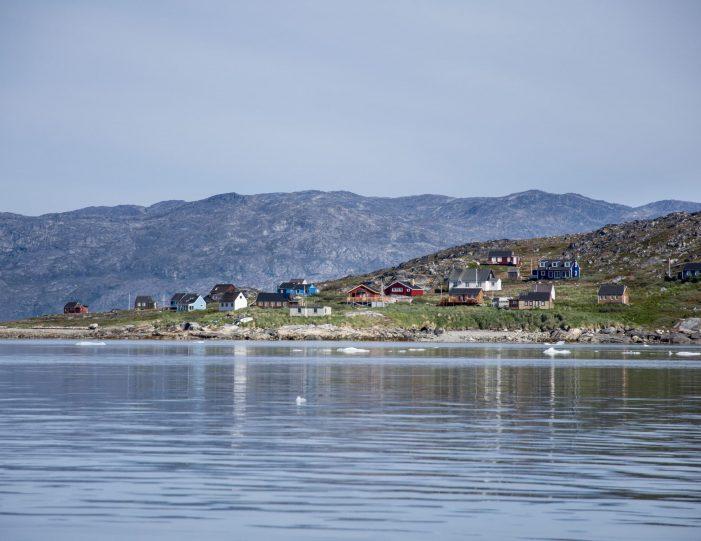 Nuuk icefjord sailing- power boat- Summer- Guide to GreenlandINA_9644
