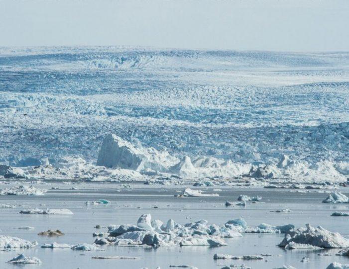 Qarajaq Glacier | Private tour | Uummannaq | North Greenland-Guide to Greenland2