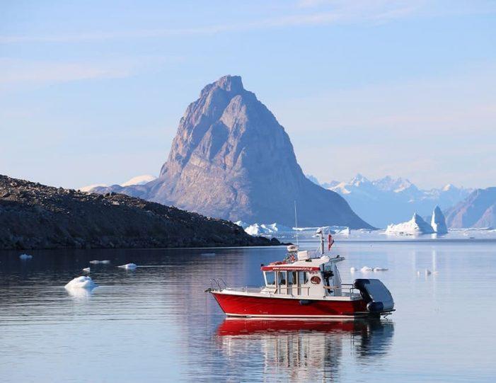 Qarajaq Glacier | Private tour | Uummannaq | North Greenland-Guide to Greenland3
