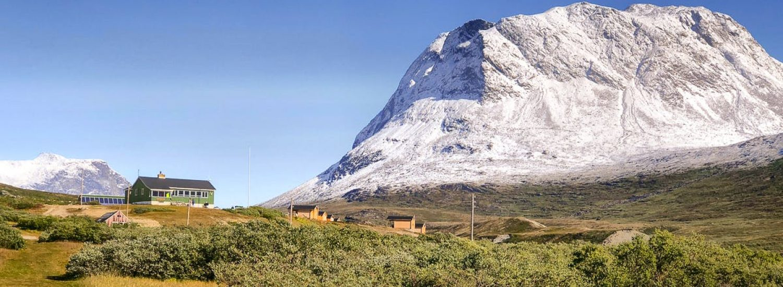 Qooqqut-Nuan-restaurant-set-in-the-beautiful-landscape-of-Qooqqut-Nuuk-Fjord-summer-Guide-to-Greenland