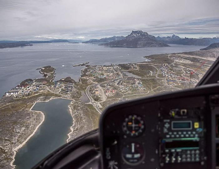Scenic Flight Nuuk - Guide to Greenland1
