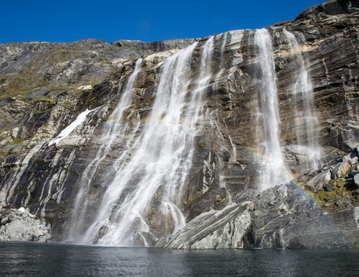 Sermitsiaq waterfall- Nuuk fjord- boat tour- Guide to Greenland