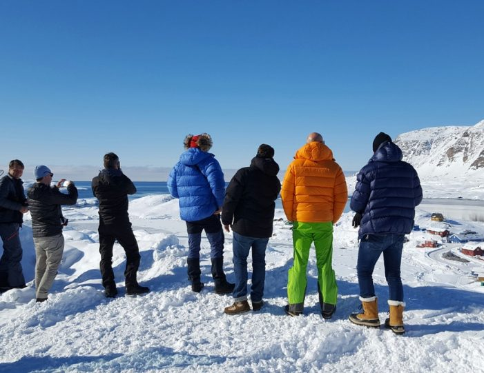 Sightseeing By Bus Sisimiut West Greenland - Guide to Greenland7