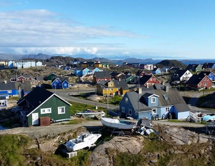 Sightseeing By Bus Sisimiut West Greenland - Guide to Greenland9