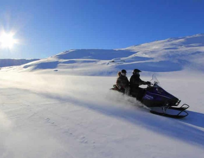 Snowmobile _ Snowshoe adventure Ilulissat Disko Bay - Guide to Greenland3