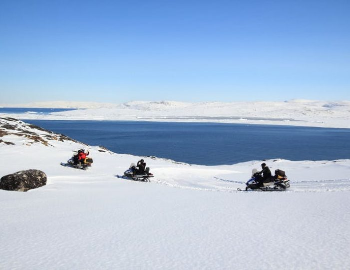 Snowmobile _ Snowshoe adventure Ilulissat Disko Bay - Guide to Greenland4