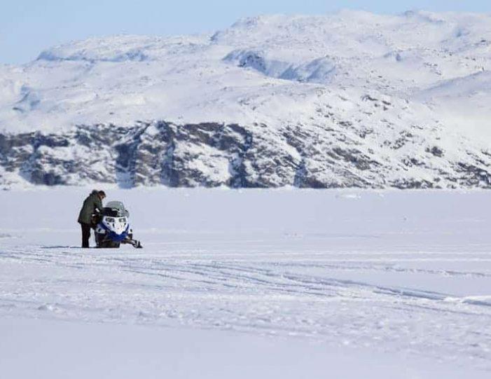 Snowmobile _ Snowshoe adventure Ilulissat Disko Bay - Guide to Greenland7