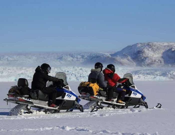 Snowmobile _ Snowshoe adventure Ilulissat Disko Bay - Guide to Greenland8