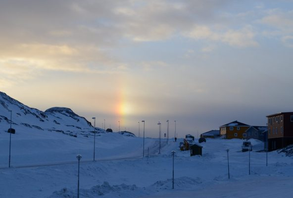 Sun dogs and solar pillars - Guide to Greenland3