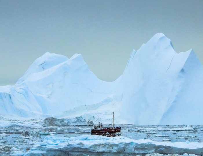 The Ultimate 8-day Arctic Winter Adventure _ Ilulissat _Guide to Greenland11