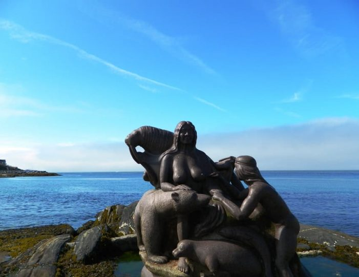 Town Walk – Sculptures and Myths | Nuuk - Guide to Greenland3
