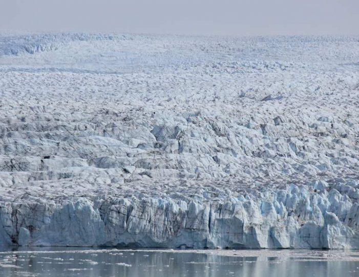 Trekking to Iceberg Lake | Kangerlussuaq - Guide to Greenland12