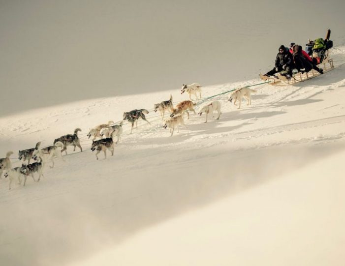 Two-day-dog-sled-adventure-kangerlussuaq - Guide to Greenland10