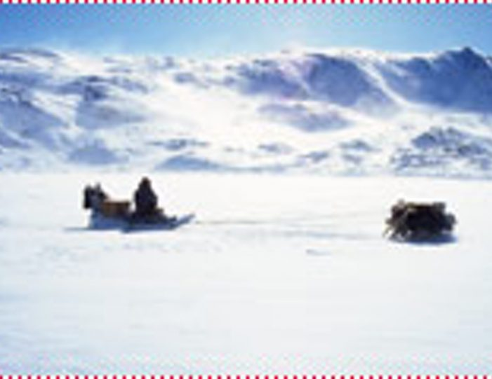 Two-day-dog-sled-adventure-kangerlussuaq - Guide to Greenland7