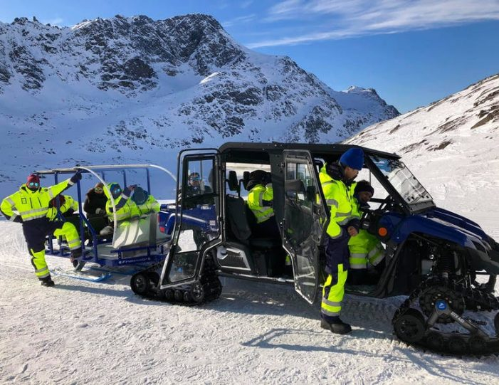 Winter-adventure-package-kangerlussuaq-sisimiut - Guide to Greenland2