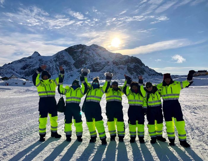 Winter-adventure-package-kangerlussuaq-sisimiut - Guide to Greenland8