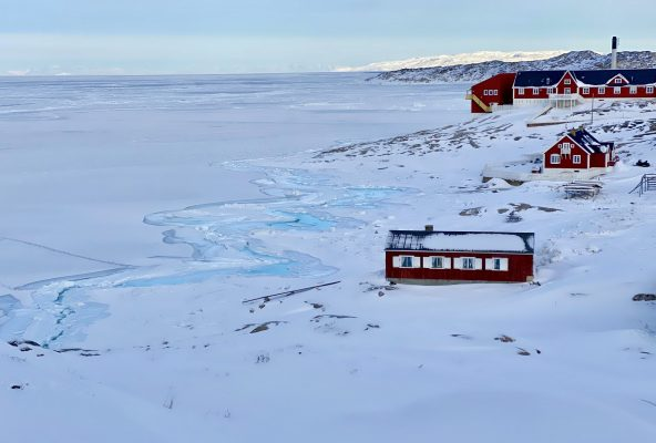 Winter-wonderland-_-Guide-to-Greenland-Laali2