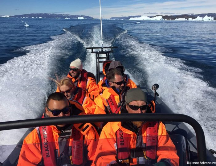 a-taste-of-greenland-settlement-adventure-in-oqaatsut-ilulissat-Guide to Greenland6