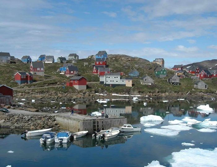 a-touch-of-greenland-kulusuk-east-greenland - Guide to Greenland7