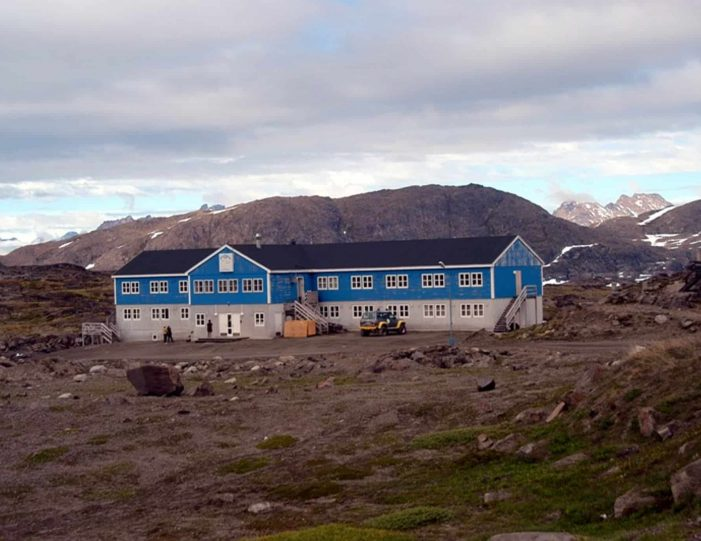 a-touch-of-greenland-kulusuk-east-greenland - Guide to Greenland9