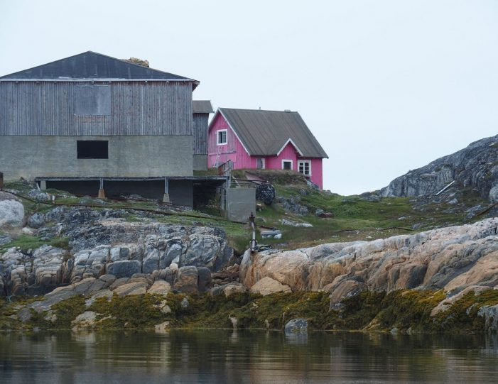 abandoned-settlement-experience-private-charter-qasigiannguit-disko-bay-Guide to Greenland7