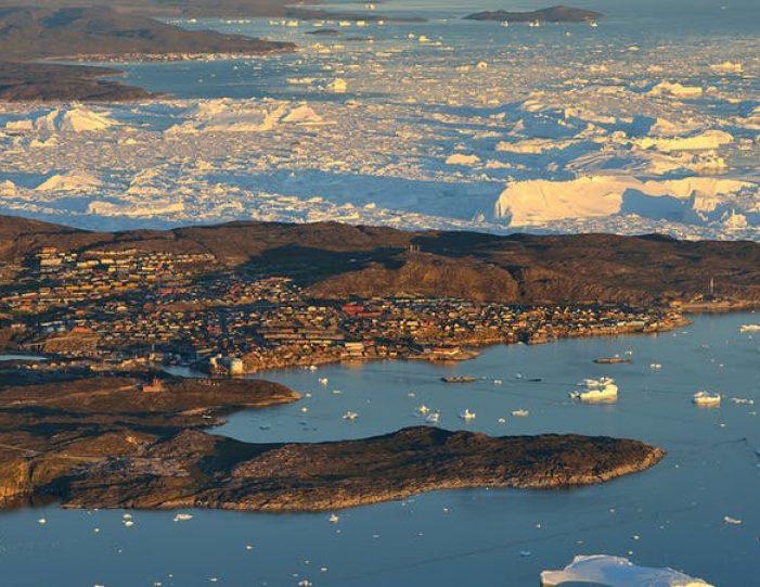 amazing-4-days-ilulissat-disko-bay - Guide to Greenland (6)