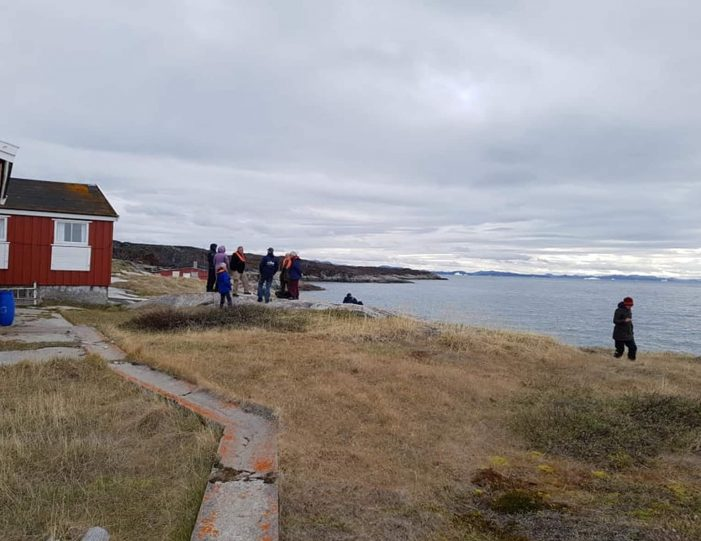 archaeological-sailing-experience-private-charter-qasigiannguit-disko-bay-Guide to Greenland8