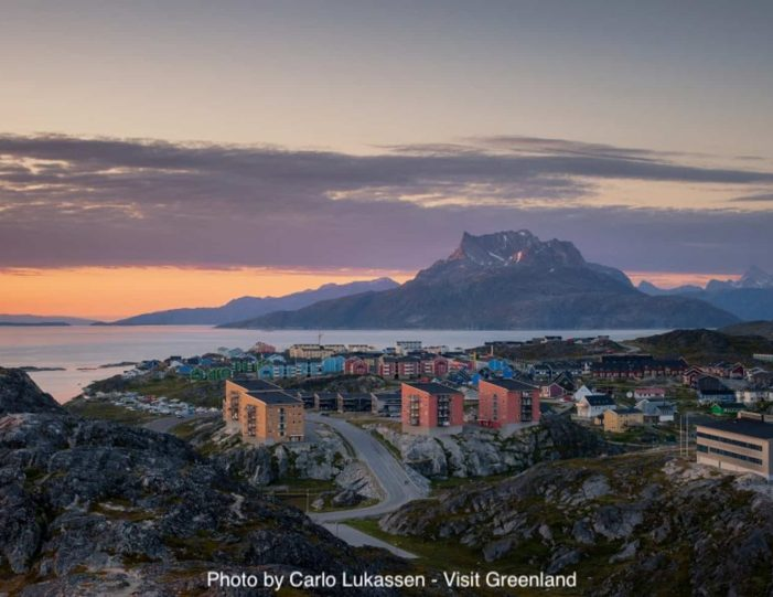 best-of-nuuk-in-3-days-west-greenland-Guide to Greenland10
