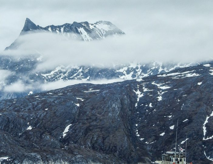 best-of-nuuk-in-4-days-west-greenland-day-Guide to Greenland4