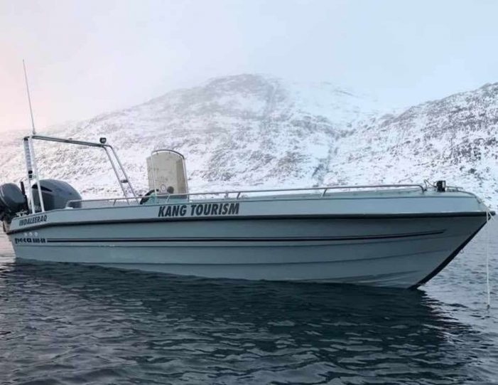 boat-charter-on-p550-nuuk - Guide to Greenland1
