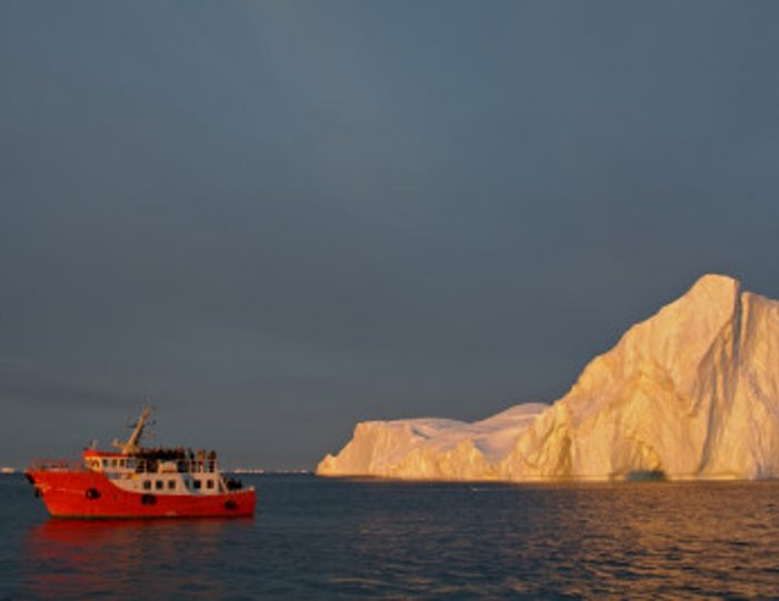 boat-shuttle-to-from-ilimanaq-ilulissat-disko-bay - Guide to Greenland4