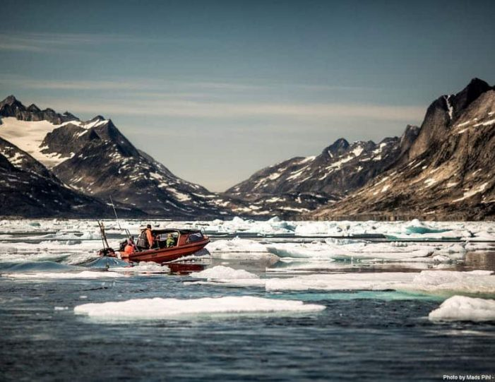 boat-tour-among-icebergs-tasiilaq-east-greenland - Guide to Greenland7