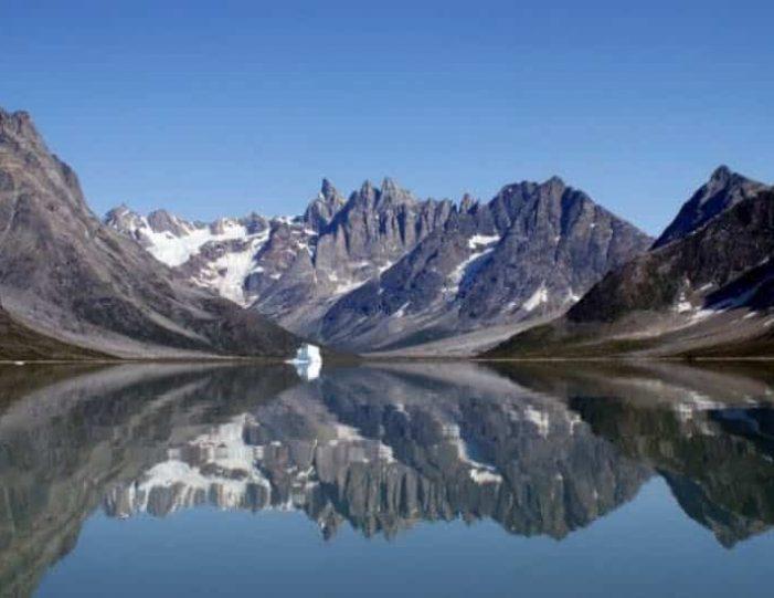 boat-tour-to-apusiaajik-glacier-kuummiit-settlement-east-greenland - Guide to Greenland10