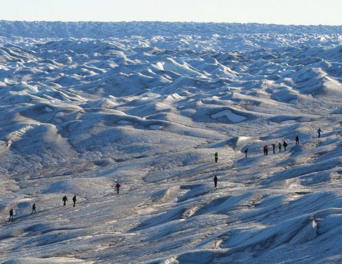 camp-on-the-greenland-ice-sheet-kangerlussuaq-west-greenland-4
