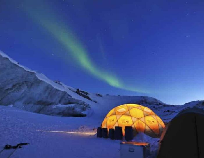 camp-on-the-greenland-ice-sheet-kangerlussuaq-west-greenland