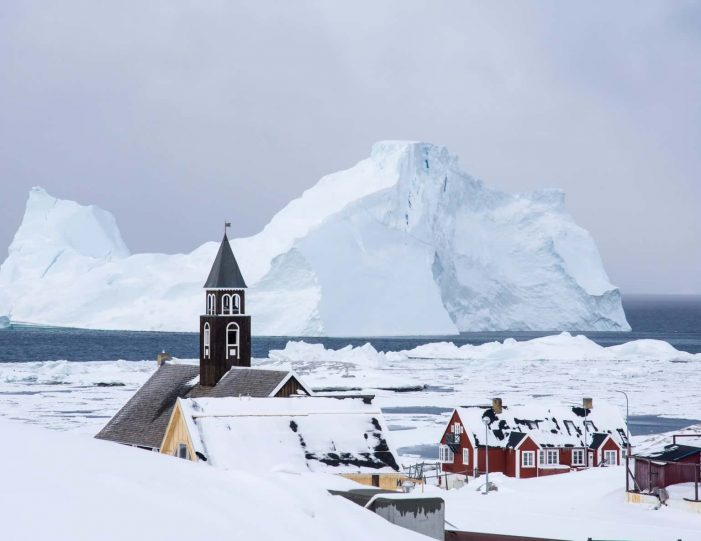 choose-your-own-winter-adventure-ilulissat-4-days-Guide to Greenland13