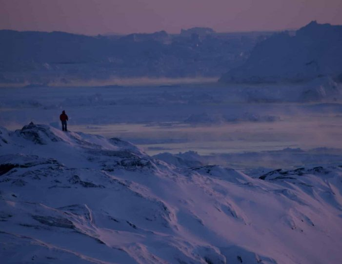 choose-your-own-winter-adventure-ilulissat-4-days-Guide to Greenland8