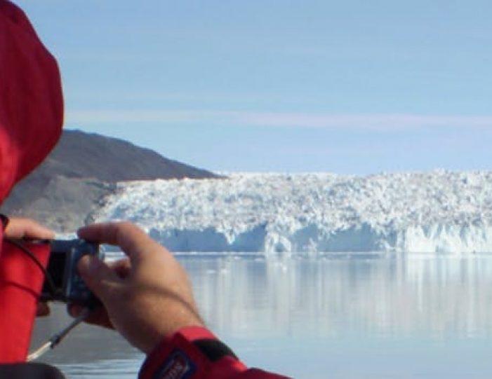 daytour-to-eqi-glacier-ilulissat-disko-bay - Guide to Greenland1