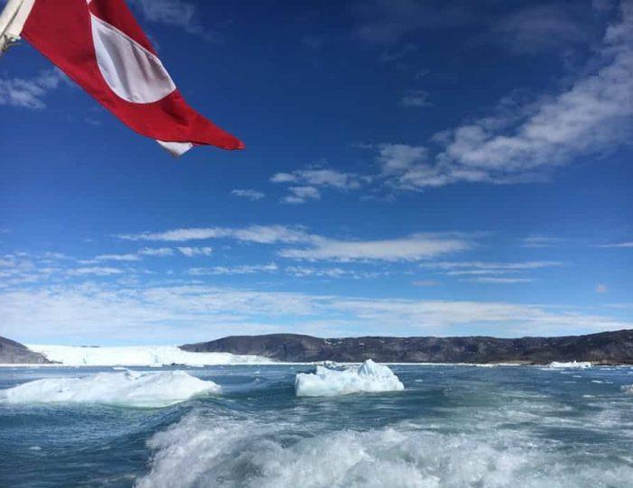 daytour-to-eqi-glacier-ilulissat-disko-bay - Guide to Greenland7