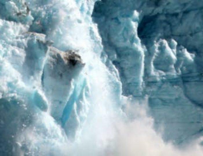 daytour-to-eqi-glacier-ilulissat-disko-bay - Guide to Greenland8