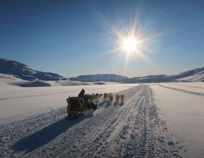 dog-sledding-expedition-kangerlussuaq-to-sisimiut-west-greenland - Guide to Greenland5