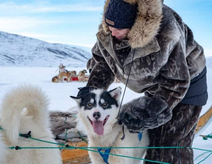 dog-sledding-tour-kangerlussuaq-west-greenland - Guide to Greenland19