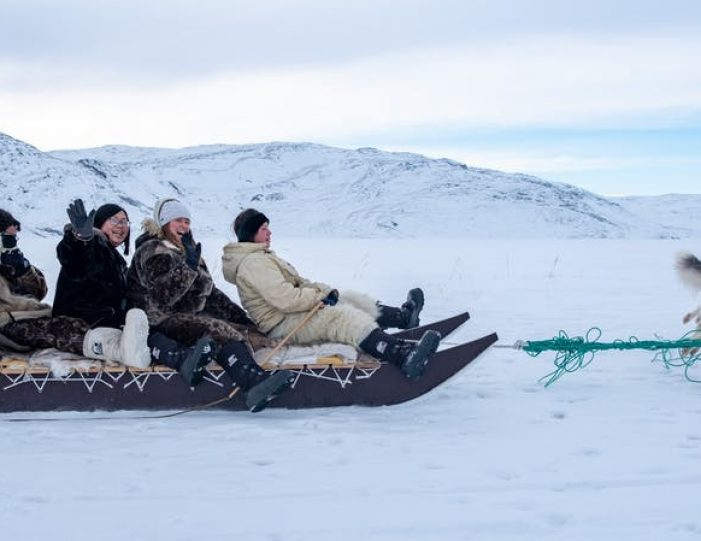 dog-sledding-tour-kangerlussuaq-west-greenland - Guide to Greenland3