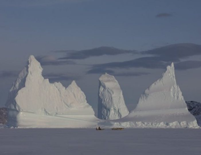 dogsled-expedition-hunting-and-fishing-on-sea-ice-uummannaq-north-greenland-Guide to Greenland22