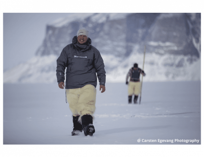 dogsled-expedition-to-settlements-uummannaq-north-greenland-Guide to Greenland4