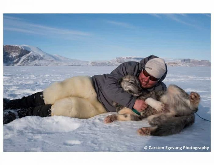 dogsled-expedition-to-settlements-uummannaq-north-greenland-Guide to Greenland8