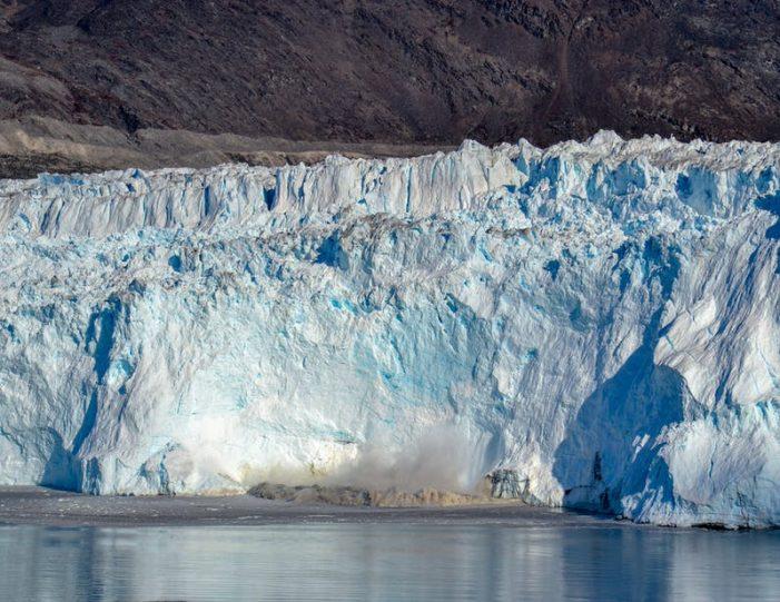 eqi-glacier-boat-tour-ilulissat-disko-bay- Guide to Greenland8